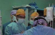 رئيس جامعة جنوب الوادي يتفقد أعمال الوفد الطبي الهولندي بمستشفى قنا الجامعي