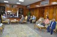 رئيس مجلس مدينة اسنا واجتماع موسع مع الادارات تحسبا لسقوط امطار او سيول