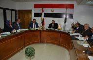 محافظ سوهاج يعقد اجتماعا مع قيادات مديرية التربية والتعليم بسوهاج