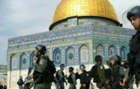 مفتي القدس يطلع السفير المصري علي إنتهاكات الإحتلال الإسرائيلي بحق المدينة المقدسة