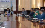 اجتماع موسع لمحافظ الاقصر مع المسئولين بالمحافظة