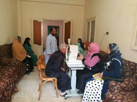 قافلة طبية بقريتي الجمهود وكوم الرمل برعاية من أجل مصر بالفشن . بني سويف