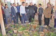 بالصور محافظ الوادي الجديد يزور مدرسة الزراعة ويسعي لتزين المحافظة
