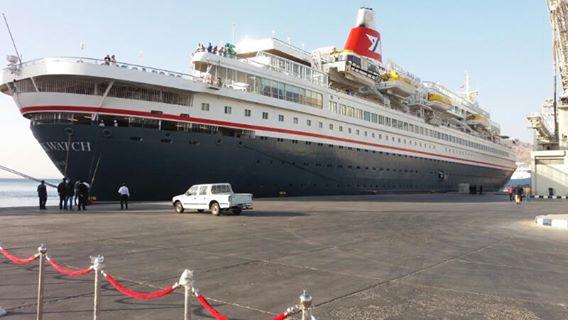 وصول 820 سائح و طاقم لميناء سفاجا