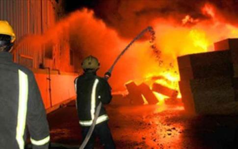 اندلاع حريق بمخزن بلاستيك دون وقوع اصابات ببلبيس شرقية