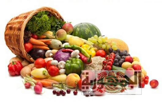 كيف تتخلصي من المبيدات والمواد الكيميائية في الفواكه والخضار