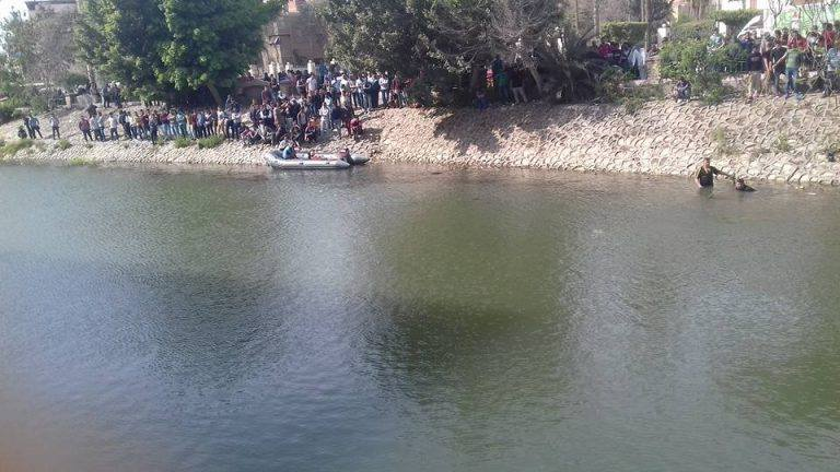 بالصور ..غرق شاب غرقاً في بحر مويس أمام مسجد الفتح اثناء استحمامه مع اصدقائة بالزقازيق شرقية