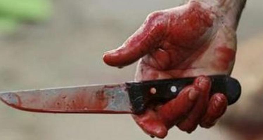اخ يطعن شقيقتة العروس بسكين بسبب خلافات عائلية في أحد قري ابوكبير شرقية