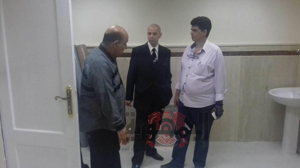 بالصور..مرور وكيل وزارة الصحه بالشرقيه علي مستشفي بلبيس المركزي