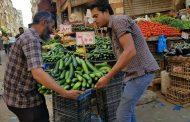 بهية عبد الفتاح تعلن الحرب علي الاشغالات بسوق شيديا وطريق الحرية بحي وسط الاسكندرية