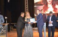 مهرجان همسة الدولي يكرم الدكتور. حاتم نعمان أحسن طبيب فى العلاج الفيزيائى