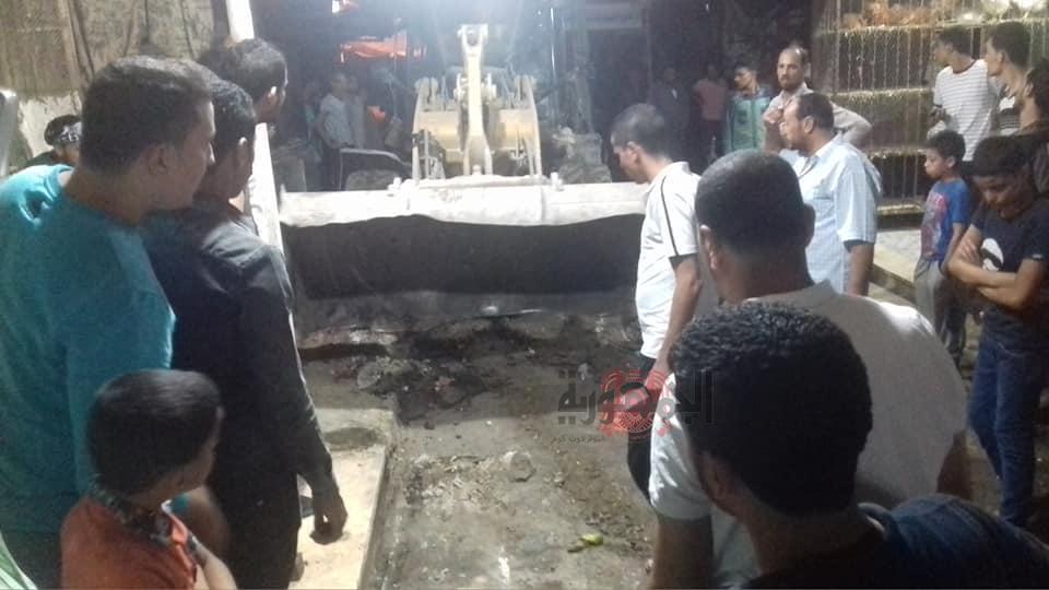 بالصور .. ازالة 300 حالة إشغال خلال حملة مسائية على سوق القنطرة غرب بالإسماعيلية  .