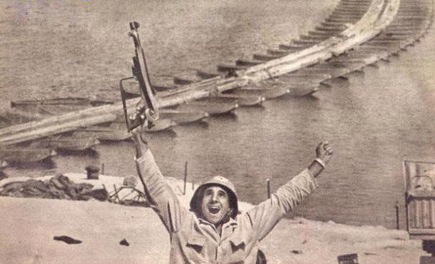 نور الدين الملا أول من رفع علم مصر على ارض سيناء بعد العبور#نصر اكتوبر
