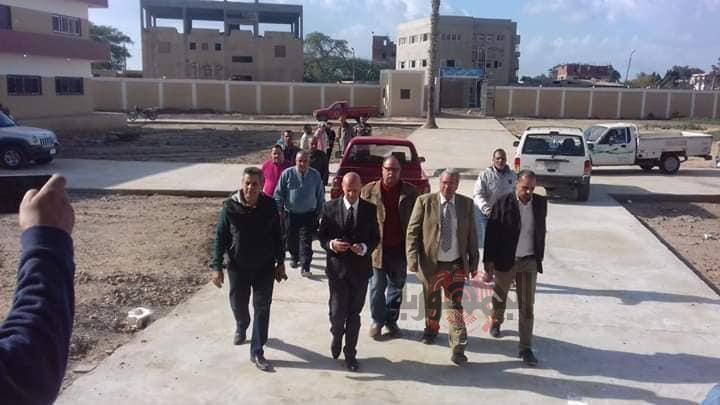 وكيل وزارة الصحة بالشرقية يتفقد مستشفى الدميين بفاقوس تمهيدا لافتتاحه
