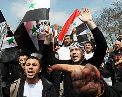 مظاهرات البصرة تشتعل من جديد بهجوم على موكب الوزير و الفندق المقيم به