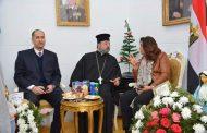 محافظ دمياط و مساعد وزير الداخليه وبعض القيادات بالمحافظة يشاركون الاحتفال بعيد الميلاد المجيد بكنيسة الروم الأرثوذكس.