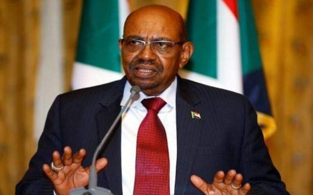 السودان يعلن بدء برنامج حكومي لزيادة الرواتب