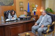 محافظ دمياط تستقبل رئيس الوحدة المحلية لمركز ومدينة الزرقا الجديد