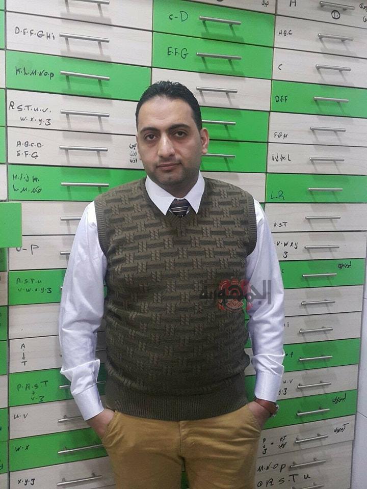 الكتور // هاني عبد الظاهر يشن حملاته الشرسه ضد اعلانات الادويه مجهولة المصدر التي انتشرت داخل المجتمع المصري