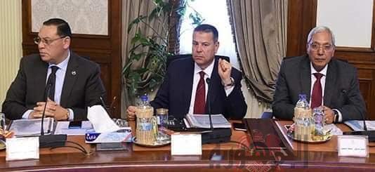 رئيس الوزراء يترأس اجتماع مجلس المحافظين