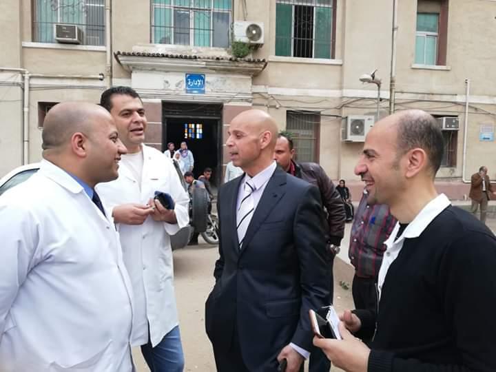 وكيل وزارة الصحة بالشرقية يتابع المبادرة الرئاسية بمستشفى فاقوس النموذجي