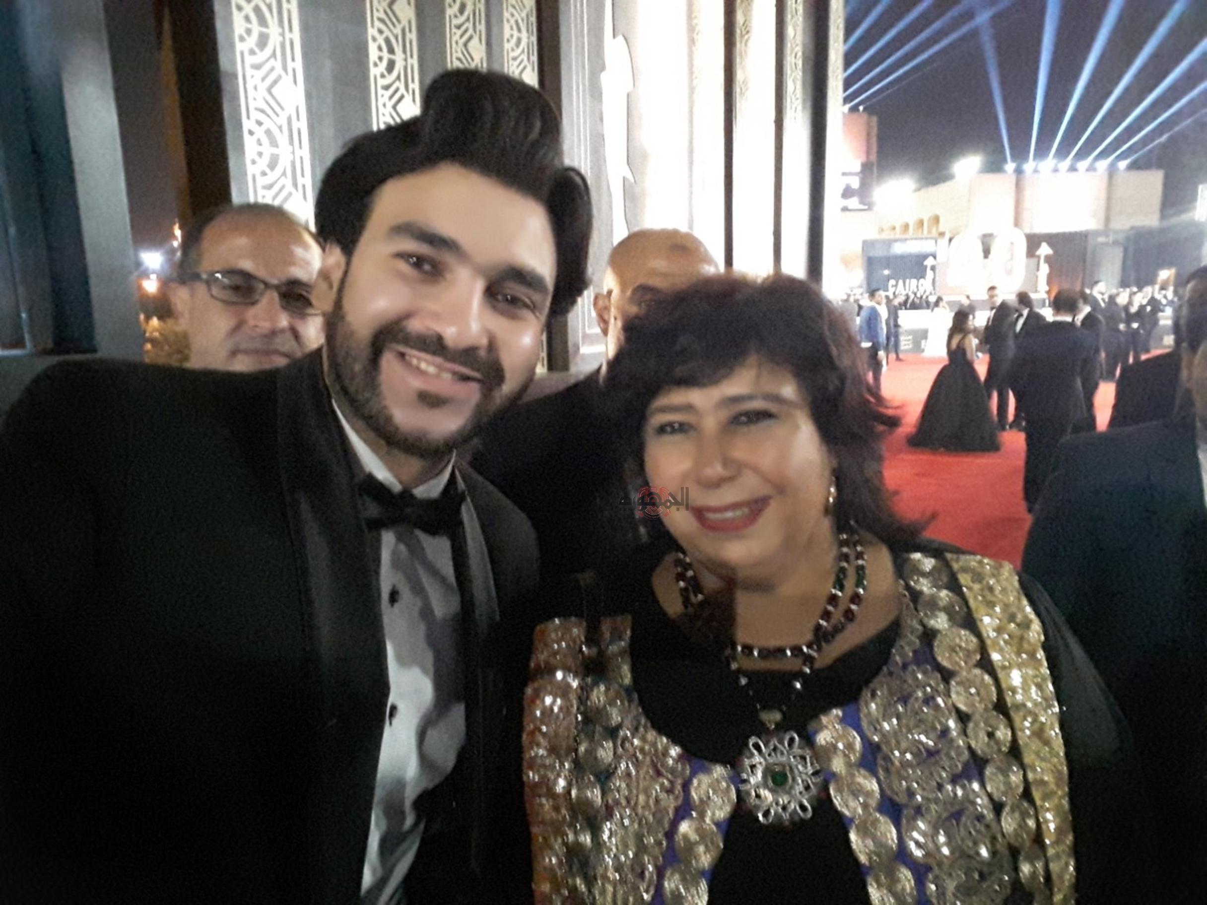 كريم اسامة مع وزيرة الثقافة ايناس عبد الدايم