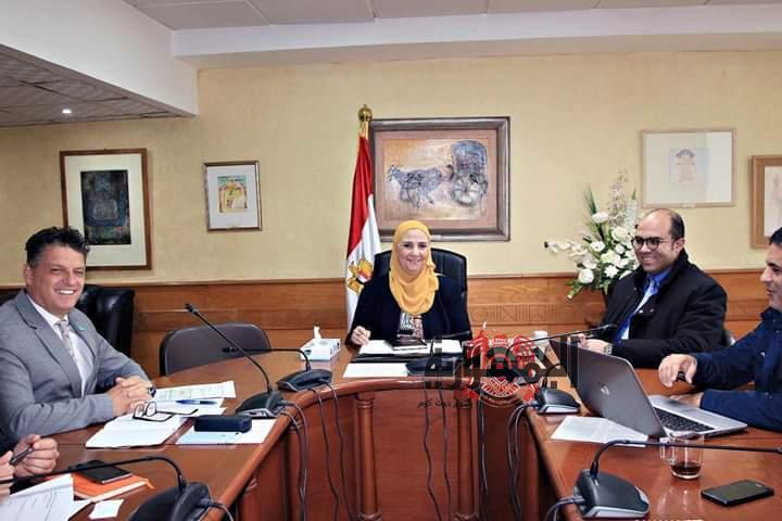 مصادر خاصه : مطالب بإقالة وزيرة الصحه المصريه لهذه الأسباب
