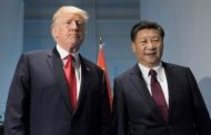 ترامب يستعطف الرئيس الصيني لانقاذ بلاده من عصف كرونا