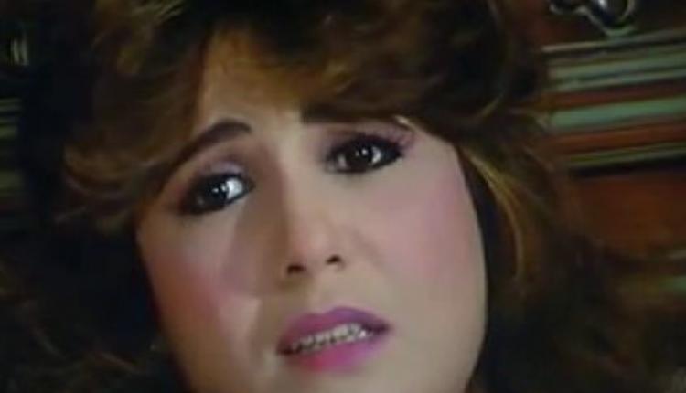اعتراف صادم.. فنانة مصرية شهيرة: اغتصبوني أثناء التصوير وقعدت أصوت على السرير